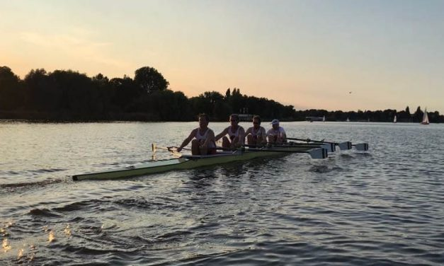 Rennboot-Gruppe
