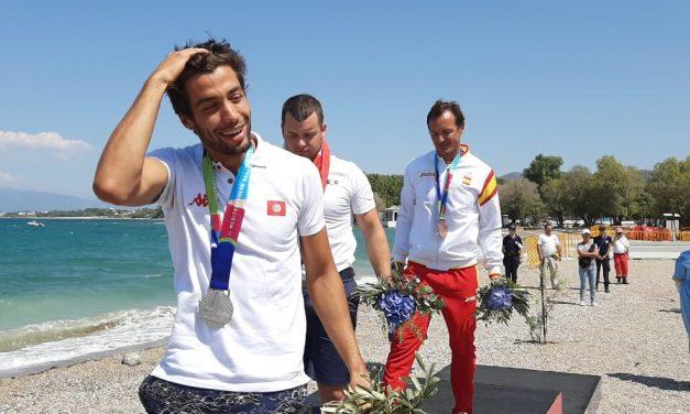 Club-Leistungssportler rudert international für Tunesien