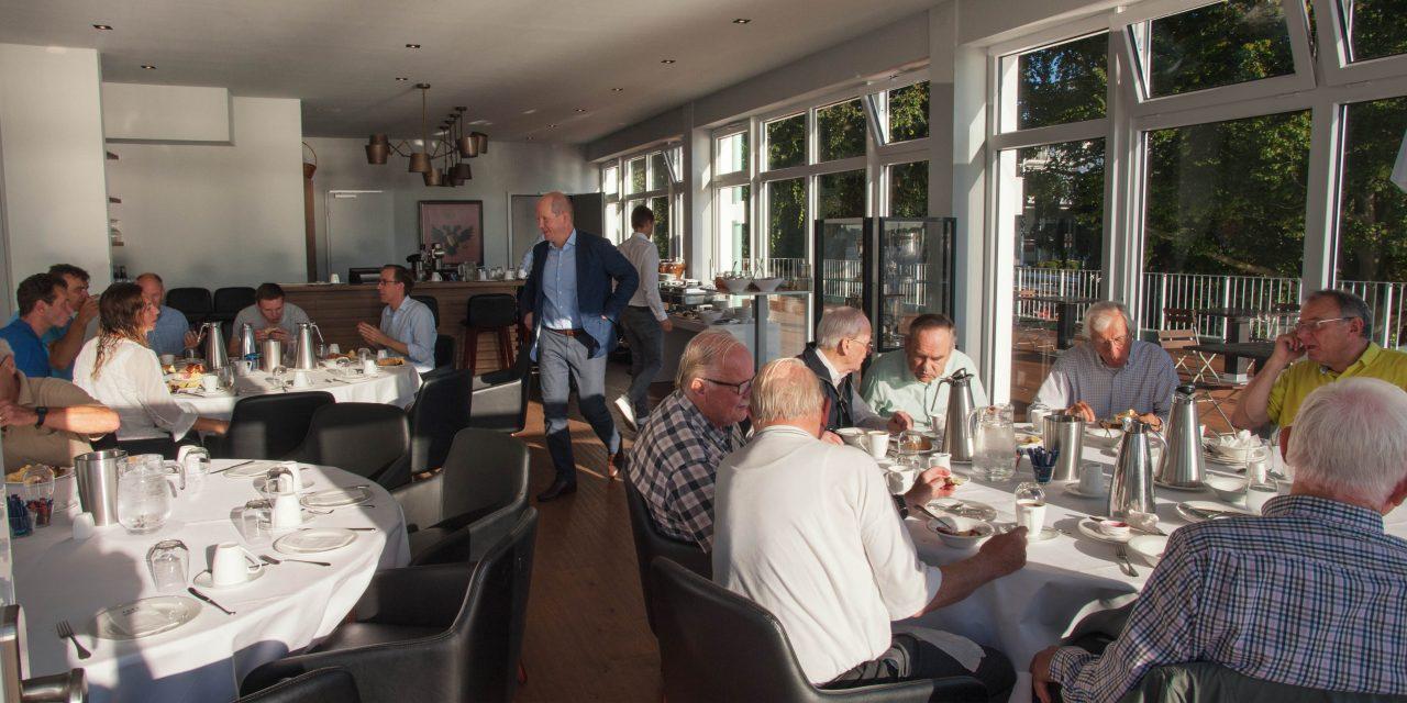 Das Frühstück im Club – wieder mit Buffet